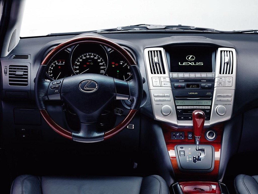 Lexus RX330 II