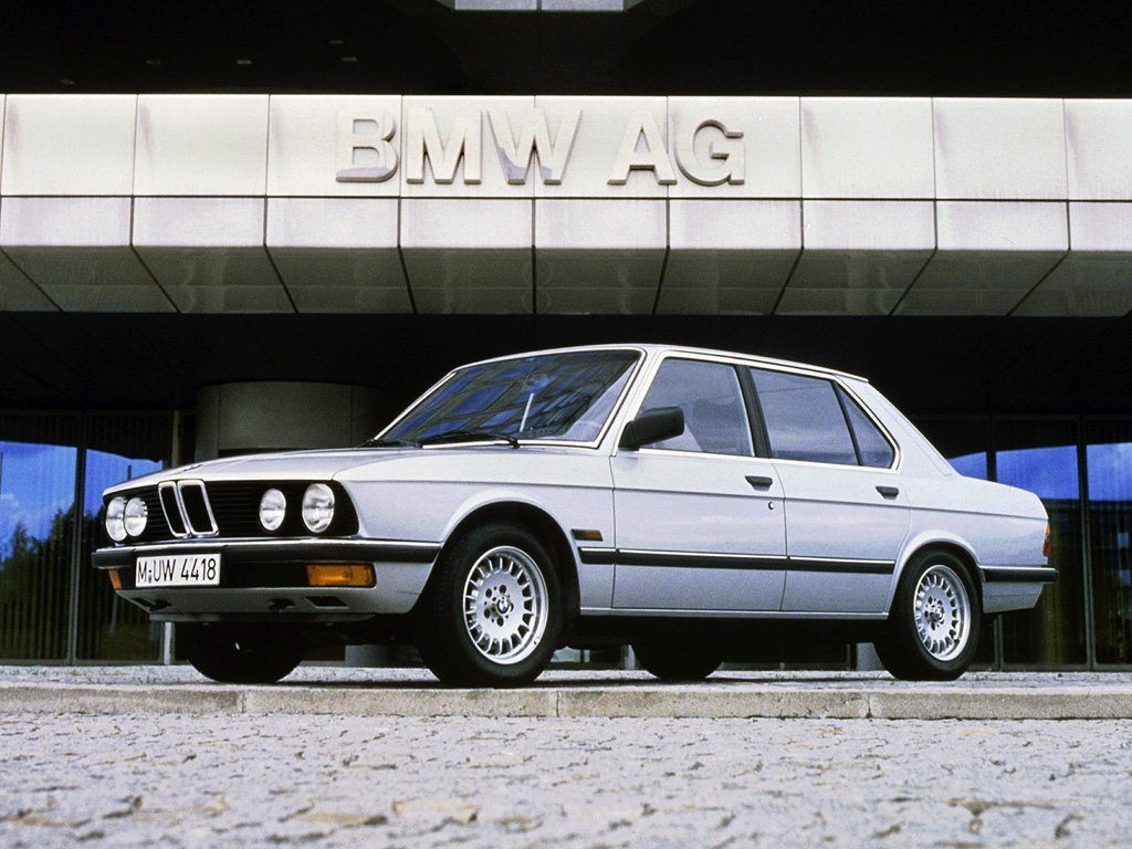 BMW 5-й серии Е28