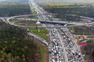 Московская кольцевая автомобильная дорога (МКАД)