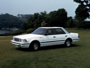 toyota-crown-gs121