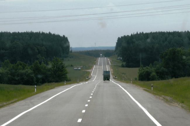 avtodoroga-m7-volozhin-oshmyan-kpp-kamennyj-log